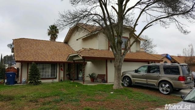 712 Olivewood Dr, Los Banos, CA
