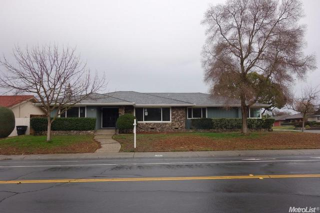 6933 13th St, Sacramento CA 95831