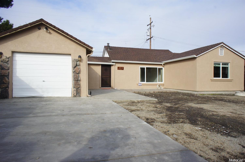 323 W Pearl Ave, Stockton, CA
