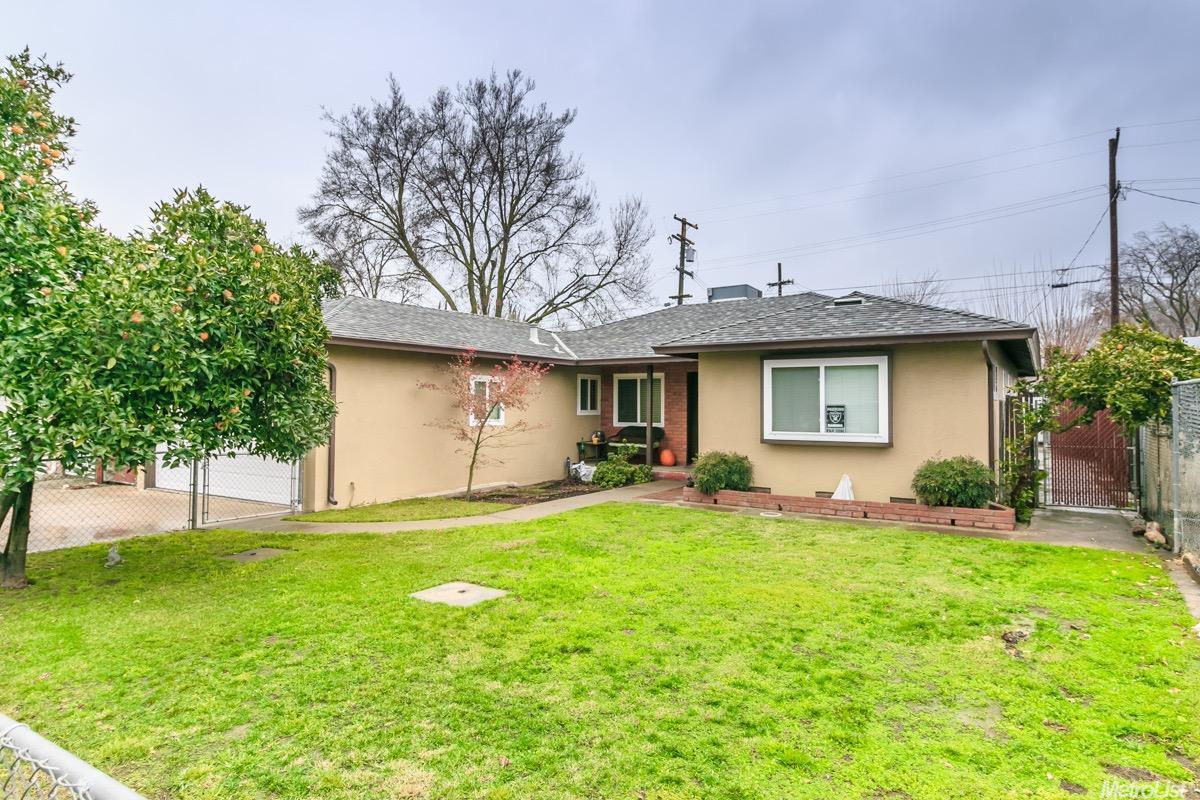 1721 Bronson Ave, Modesto, CA