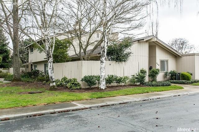 446 Florin Rd, Sacramento CA 95831