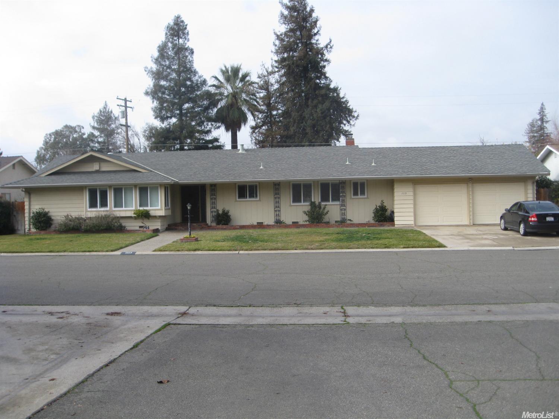1113 Springfield Way, Modesto, CA