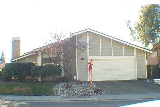 8228 Woodlake Hills Dr, Orangevale CA 95662