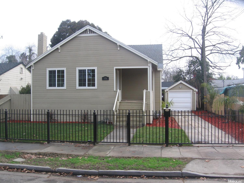 936 W Park St, Stockton, CA