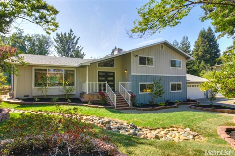 7064 Pine View Dr, Folsom, CA
