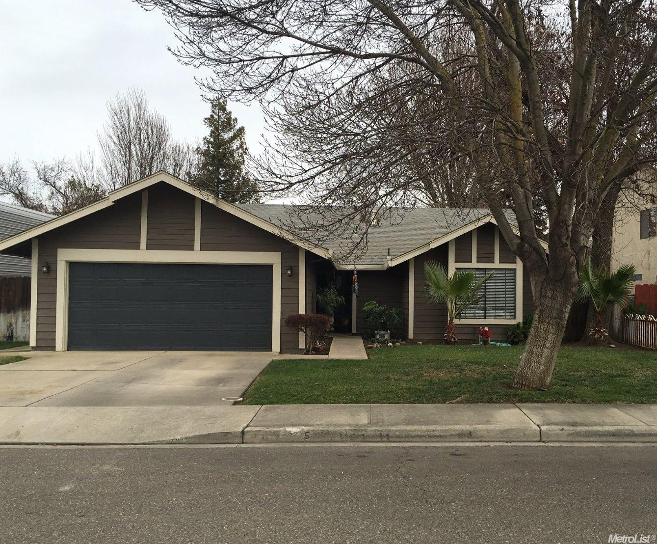 566 Pitscottie Ln, Patterson, CA
