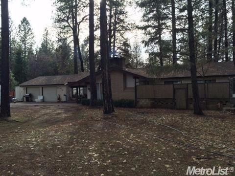 5910 Happy Pines Dr, Foresthill, CA