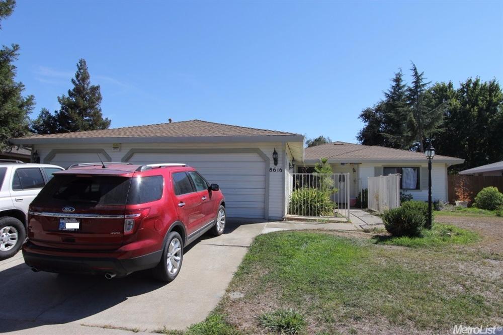 8616 Banff Vista Dr, Elk Grove, CA