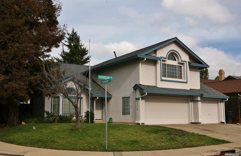1310 Harrison Dr, Roseville, CA