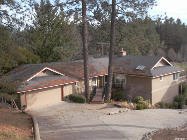 11349 Lower Circle Dr, Grass Valley, CA 95949