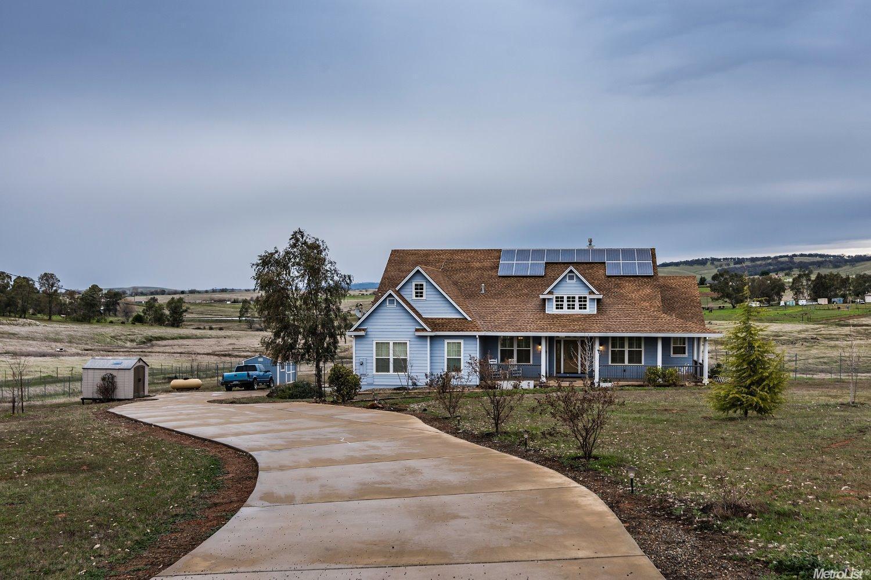 3880 Hokan Ln, Wheatland, CA