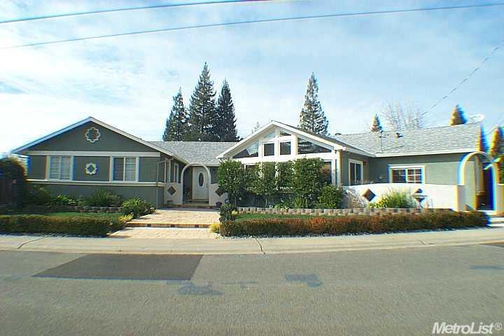 4223 Josh Ct, Carmichael, CA
