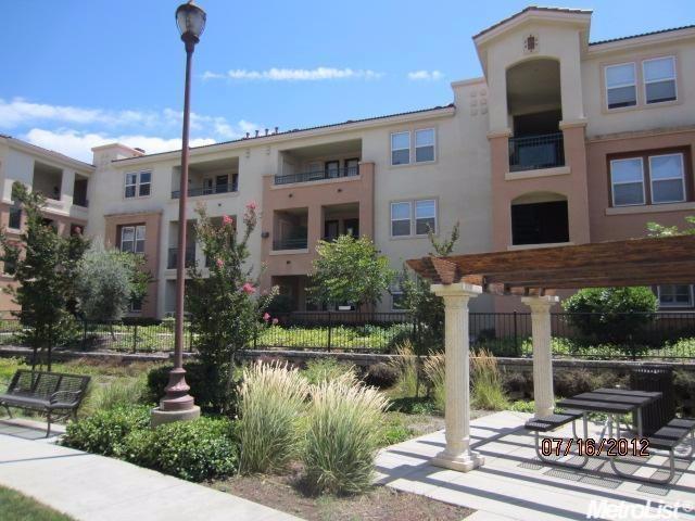 1501 Secret Ravine Pkwy #APT 1622, Roseville, CA