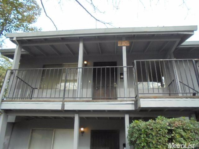 1715 W Swain Rd #APT c, Stockton, CA