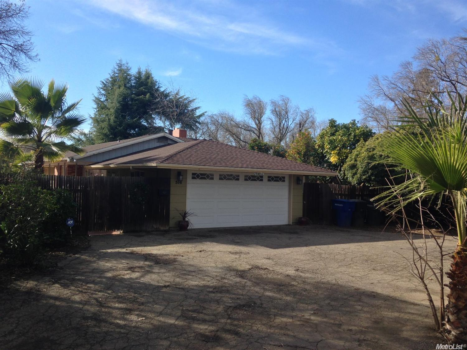 316 N 6th St, Patterson, CA