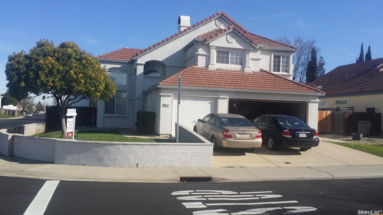 8831 Mossburn Way, Elk Grove, CA