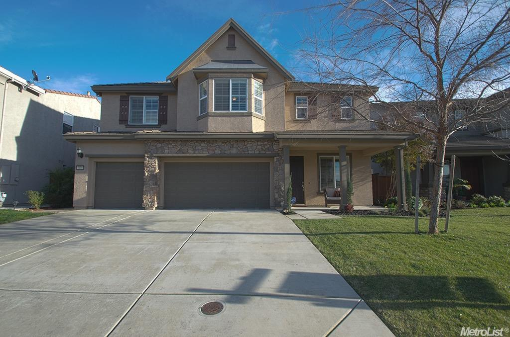 2009 W Stansfield Dr, Roseville, CA