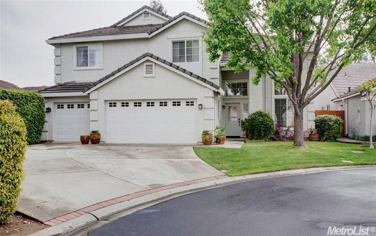 2420 Konvalin Oaks Ln, Carmichael, CA