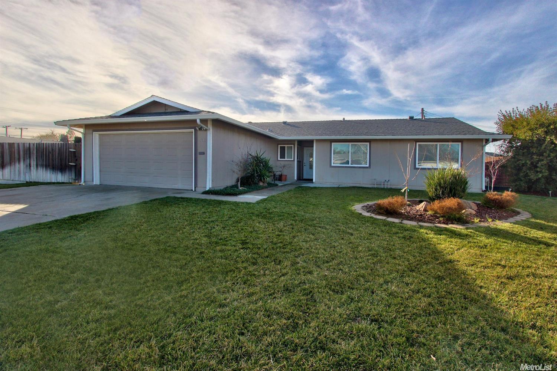 4613 Sprucewood Ct, Sacramento, CA