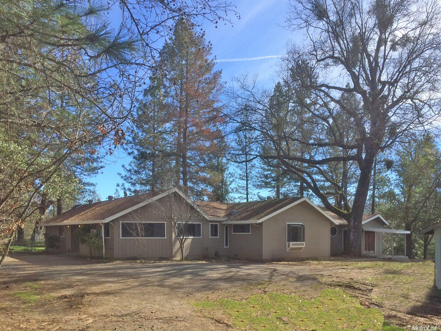 3203 Pioneer Hill Rd, Placerville, CA