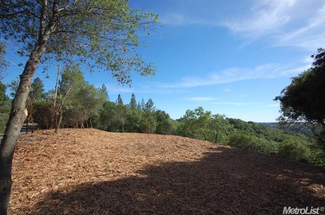 13731 Bates Rd, Sutter Creek, CA 95685