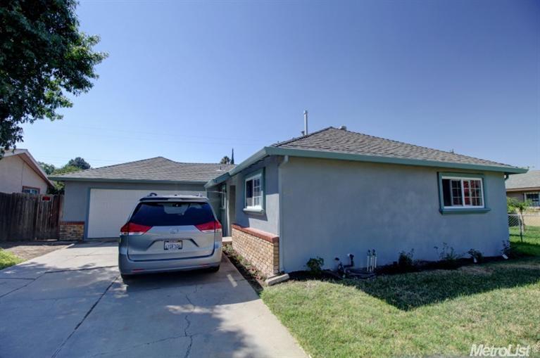 216 Cookingham Way, Sacramento, CA