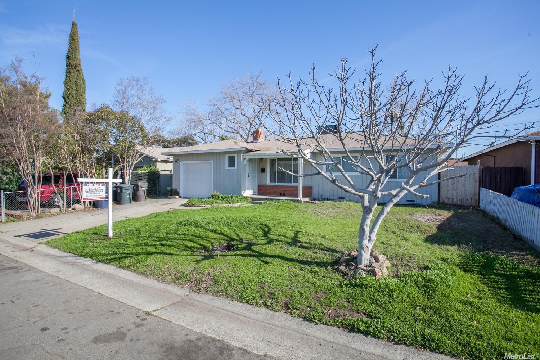2737 Aramon Dr, Rancho Cordova, CA