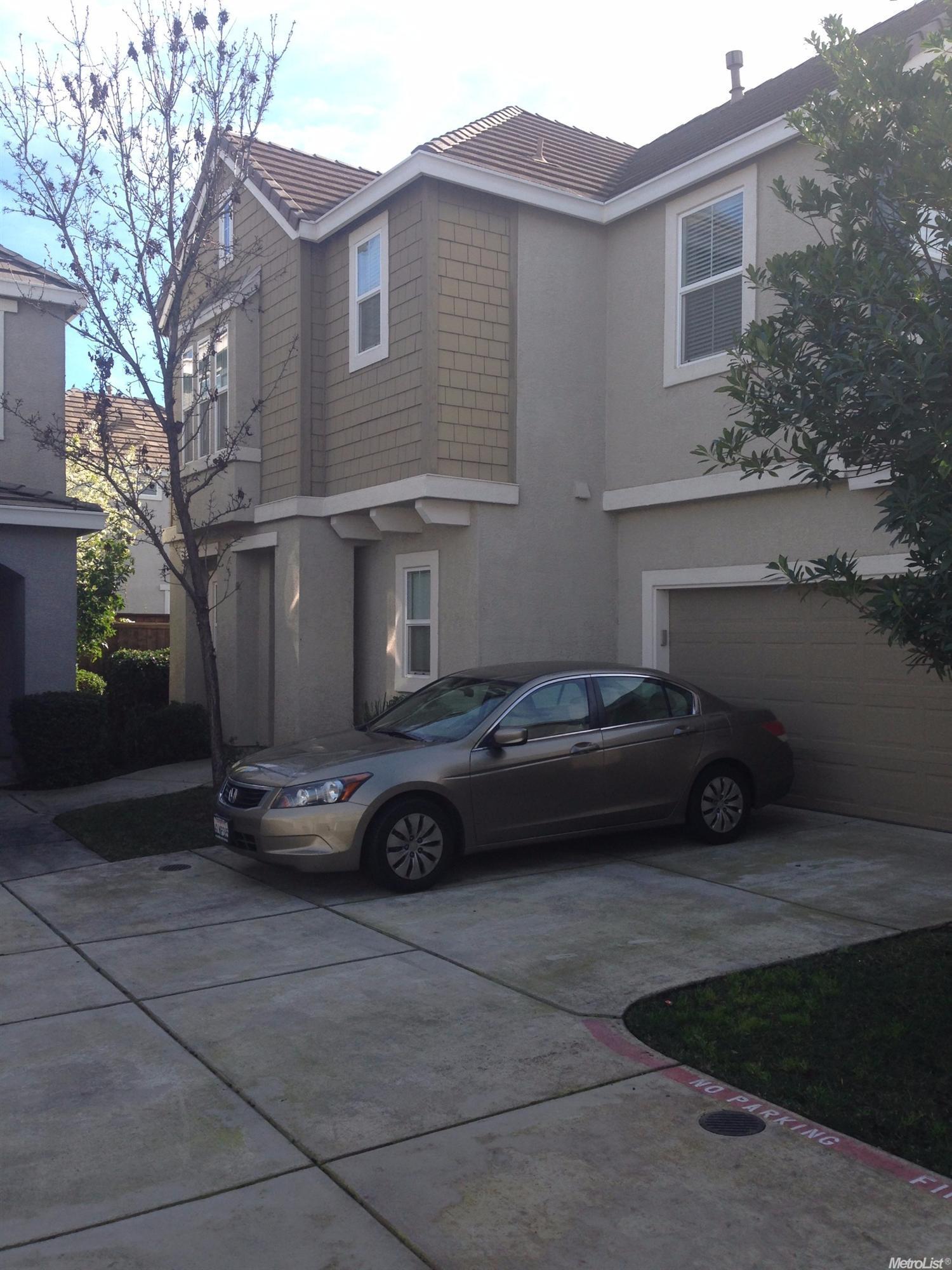 172 Phoenix Cir, Lincoln, CA