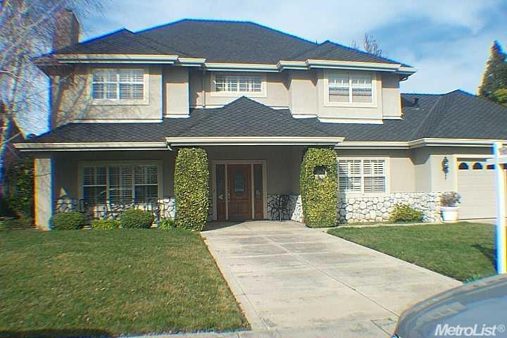 1103 W Lincoln Rd, Stockton, CA