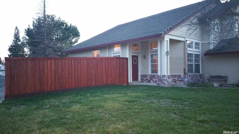 5232 Moonlight Way, Elk Grove, CA