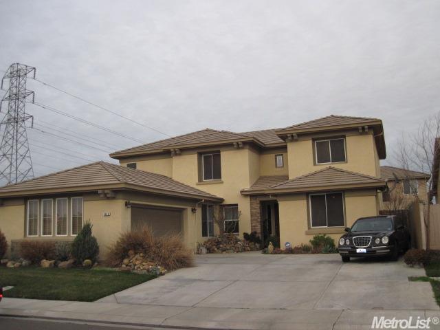 5048 Riverbed Ct, Riverbank CA 95367