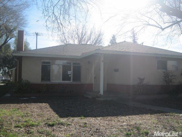 312 E Monte Vista Ave, Turlock, CA