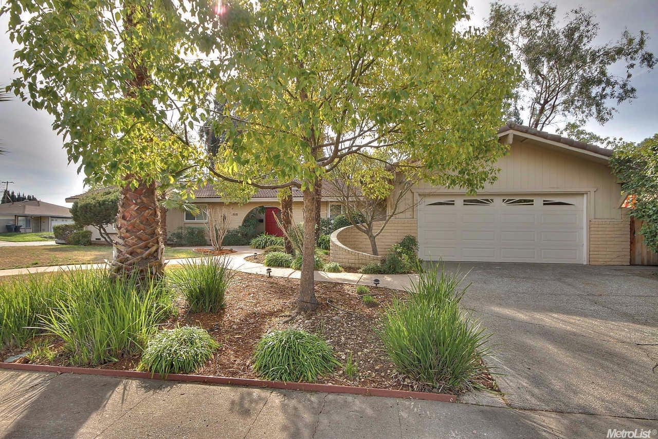 3810 Maudray Way, Carmichael, CA