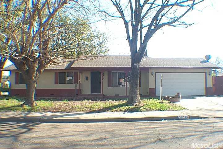 3104 Pembroke Dr, Modesto, CA
