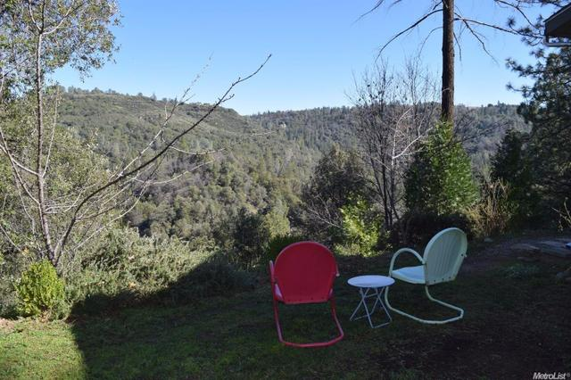 2200 N Moonshadow Ln, Placerville, CA