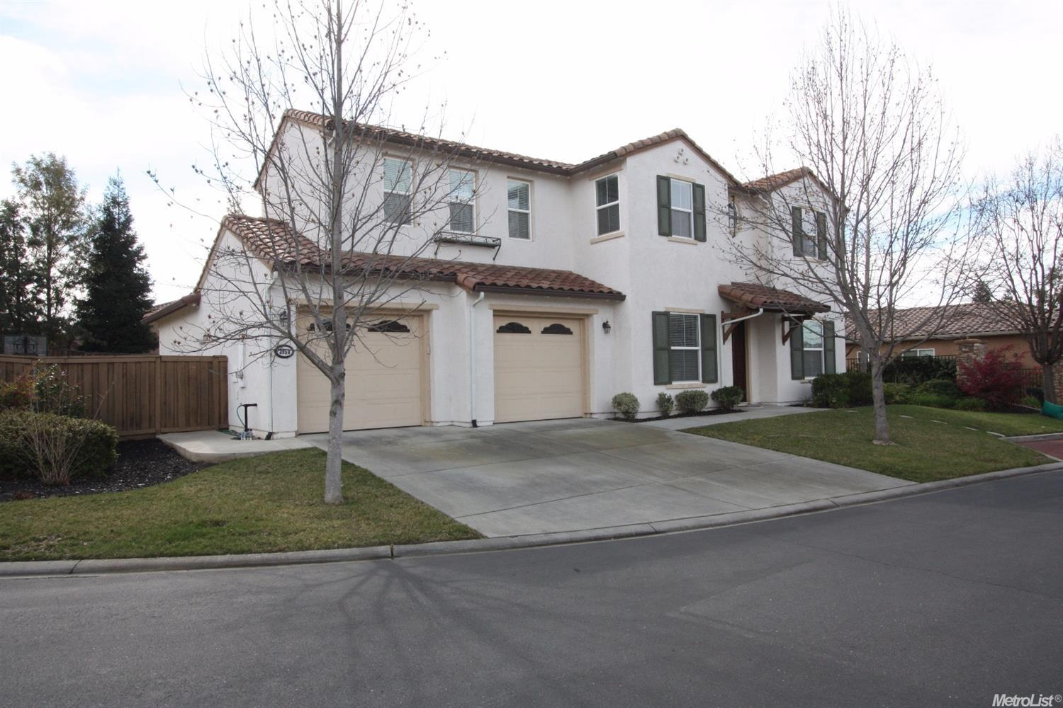 3950 Crystal Downs Ct, Roseville, CA