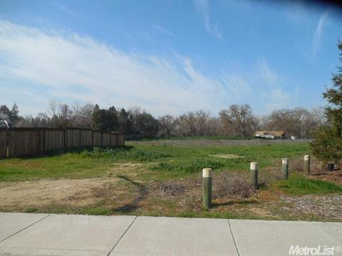 10027 Atlas Rd, Oakdale, CA 95361