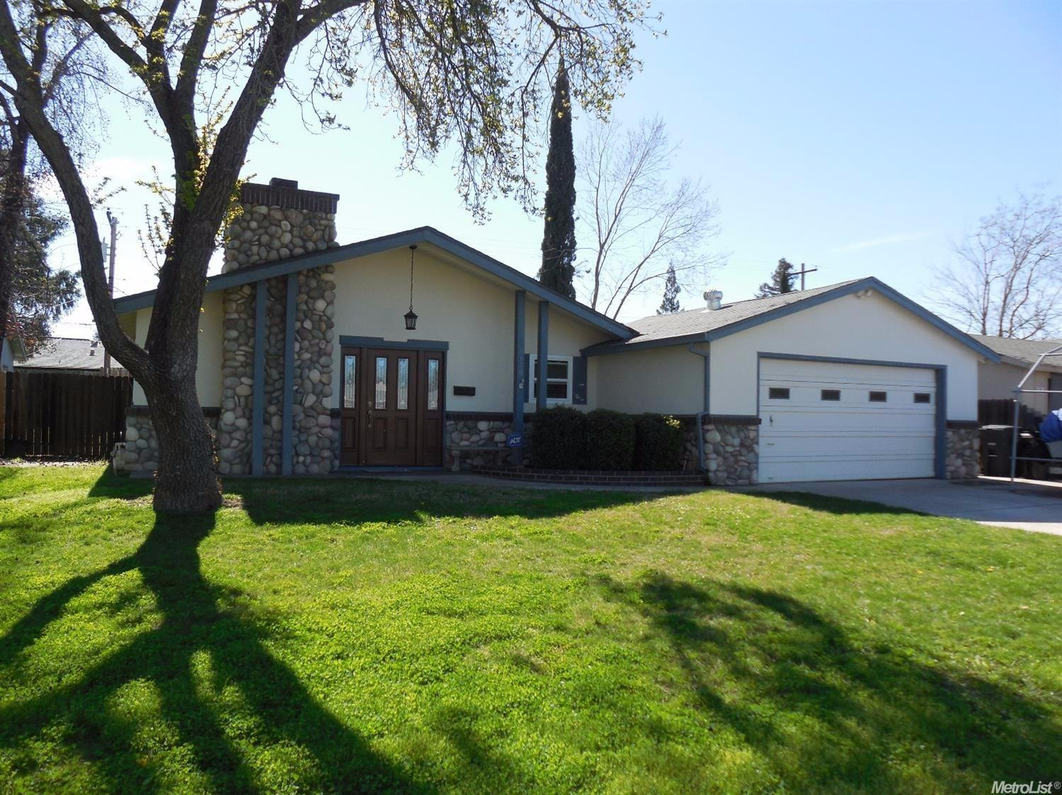 6610 Outlook Dr, Citrus Heights, CA