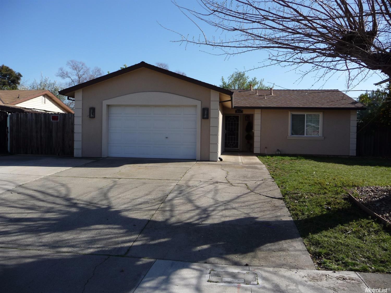 6880 Cherrywood Cir, Sacramento, CA 95823