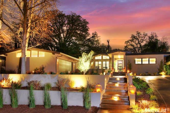 806 Treehouse Ln, Sacramento, CA