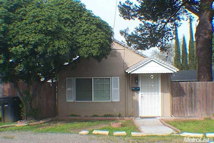 1957 Silica Ave, Sacramento, CA