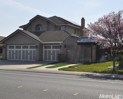 604 Mission Ridge Dr, Manteca, CA