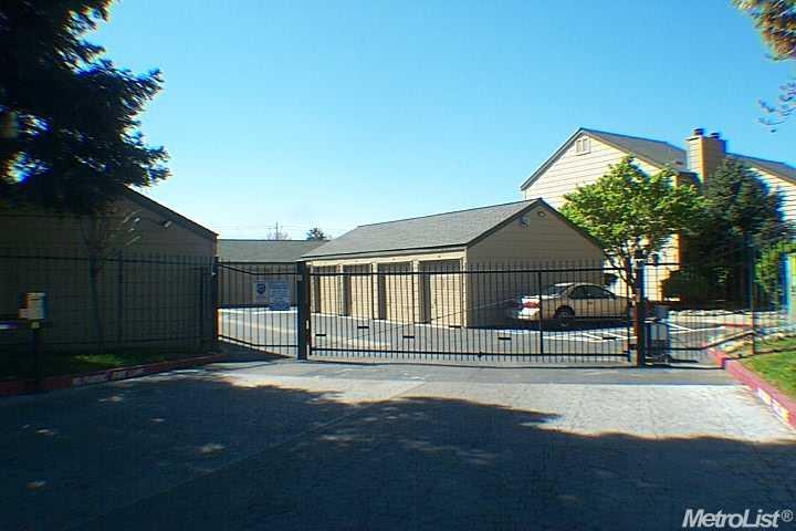 8272 Center Pkwy #APT 113, Sacramento, CA