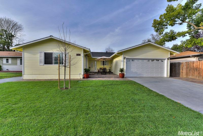 5245 Fernwood Way, Sacramento, CA