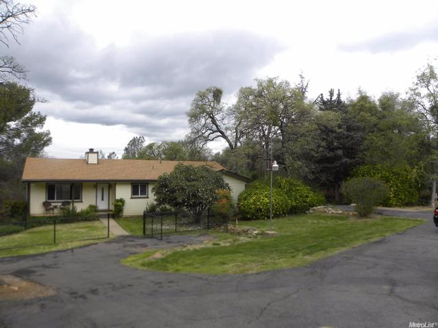 5927 Bell Rd, Auburn, CA 95602