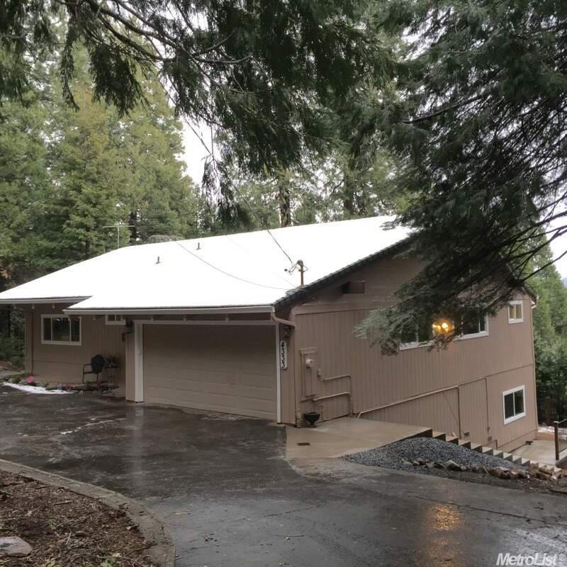 4333 Lakeridge Dr, Pollock Pines, CA