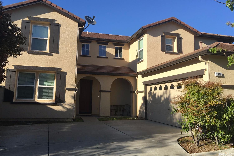 2410 Sandpiper Ln, West Sacramento, CA