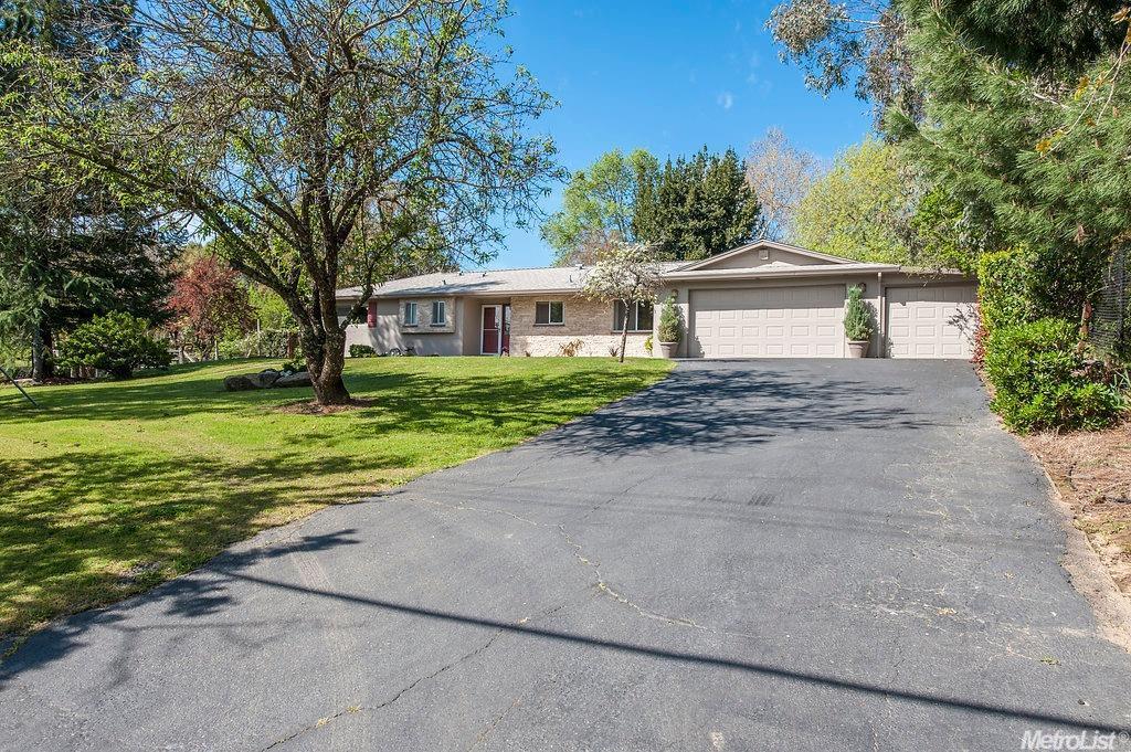 7045 Santa Juanita Ave, Orangevale, CA