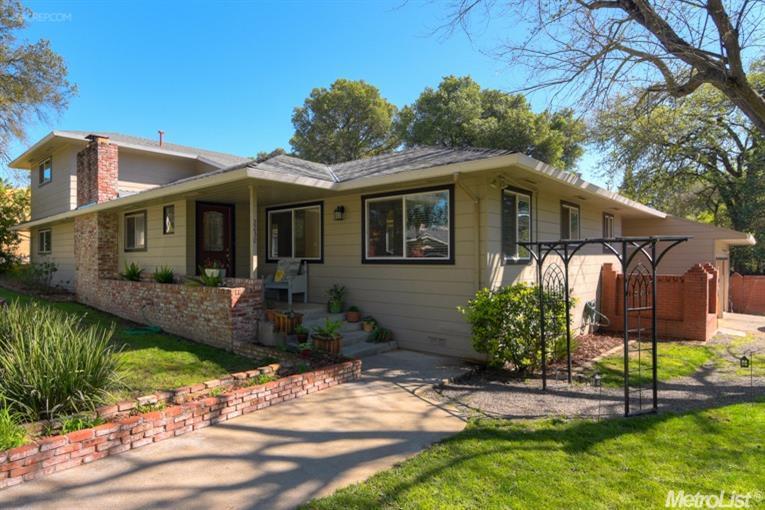 2230 Claremont Rd, Carmichael, CA