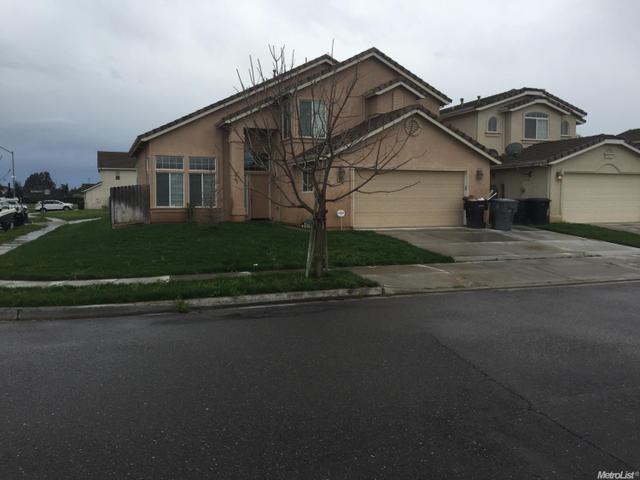 5620 Pierce Ln Riverbank, CA 95367
